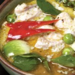 Kaeng Khiao Wan Kai (Green Curry with Chicken)
